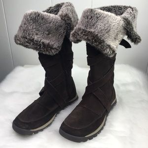 Skechers 6.5 Brown Furry Winter Sneaker Boots